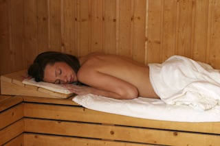 sauna cleansing retreat